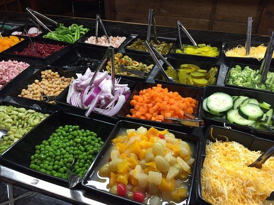 Gaylord, MI: New salad bar, so many yummy items!