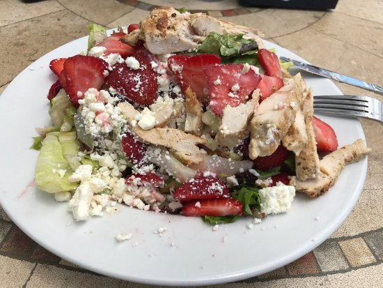 McHenry, IL: Strawberry Salad