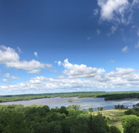 Mississippi Palisades State Park: Hidden Gem Beautiful lookout points