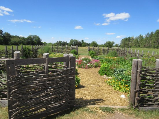 Old World Wisconsin: Garden at Schottler farm