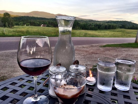 Bistro at Ten Acres: Can't beat this view!