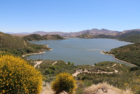 Hesperia, CA: View of the lake from overlook on CA138