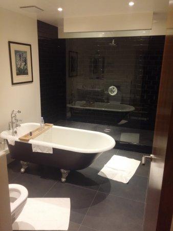 The Varsity Hotel & Spa: 20170624_110208_large.jpg
