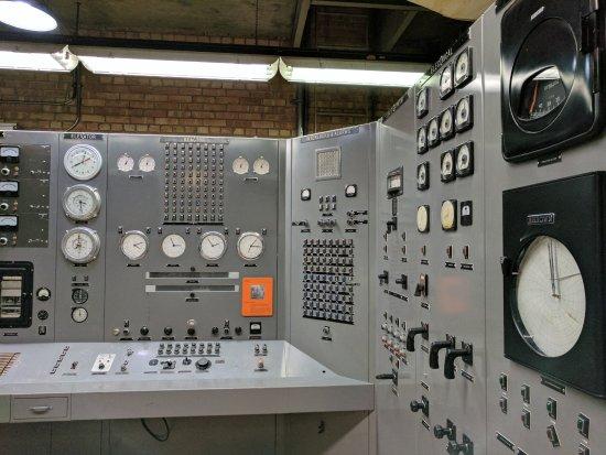 Arco, Idaho: The control room.