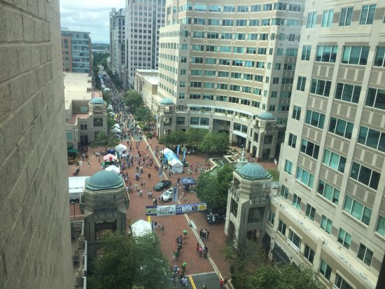 "Main street, closed for trafic while the outdoor food festival ""Taste of Reston"""