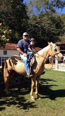 Areal, RJ: Chegada da cavalgada