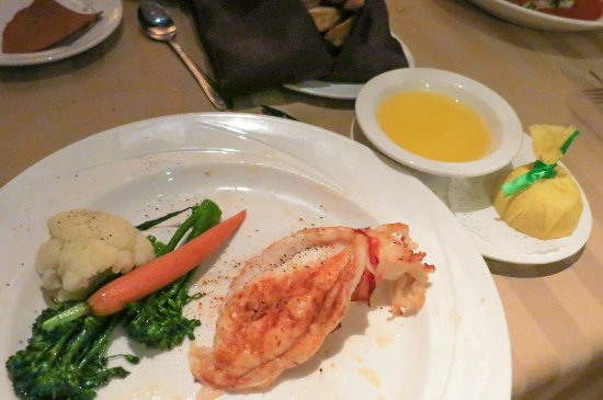 Sterling's Seafood Steakhouse : New England Lobster tail at Sterlings' at Silver Legacy Casino Reno (Alex Lee)