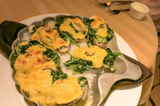 Sterling's Seafood Steakhouse : Oysters at Sterlings' at Silver Legacy Casino Reno (Alex Lee)