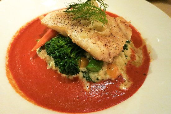 Sterling's Seafood Steakhouse : Grilled sea bass at Sterlings' at Silver Legacy Casino Reno (Alex Lee)