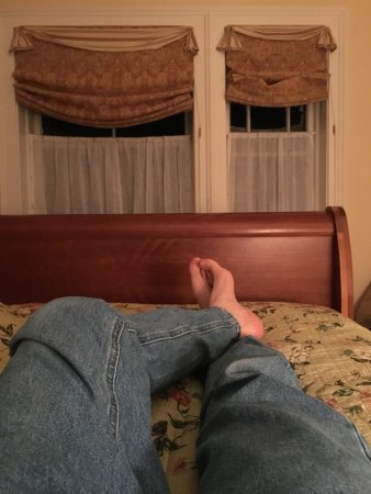 Blue Hill, ME: Beautiful cherry sleigh bed, king size.