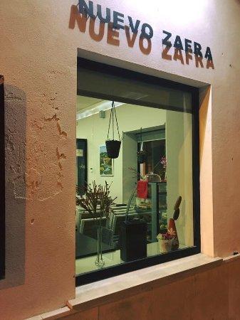 Restaurante Nuevo Zafra : Fachada del local