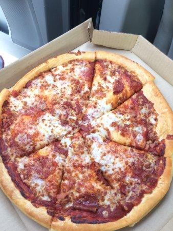 Sunset Grenada Ms >> Pizza Hut, Grenada - Restaurant Reviews, Phone Number & Photos - TripAdvisor