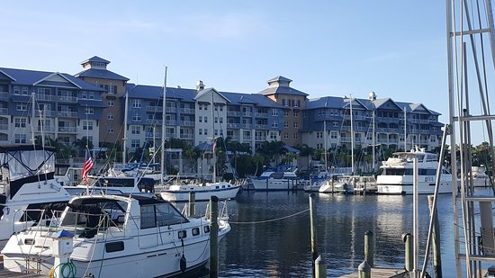 Ruskin, FL: Harborside Suites at Little Harbor