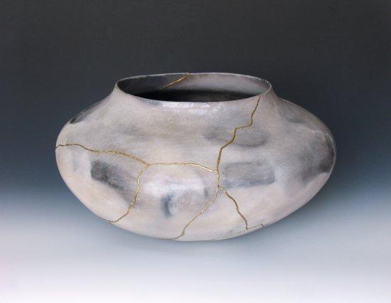 "Handwerklab Art Gallery: Ceramic - Lightning Pot (21""W x 20""D x 12.5""H)"
