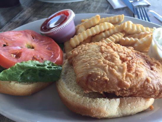 North Beach Bar & Grill: photo0.jpg
