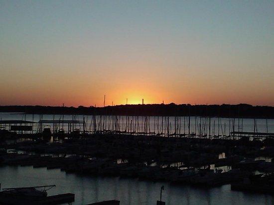 Canyon Lake Marina: Amazing Sunset