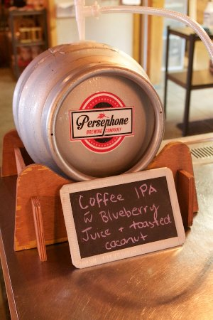 Gibsons, Canadá: and this is the fresh keg itself.