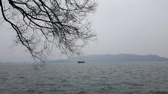 West Lake (Xi Hu): 20170223_095357_large.jpg