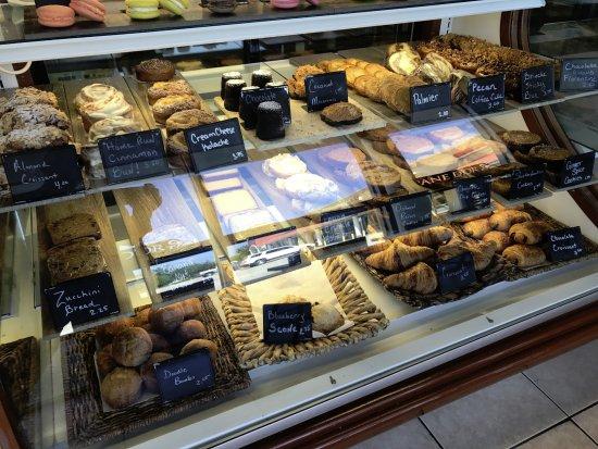 Winter Garden, FL: baked goods showcase