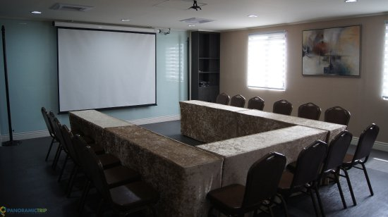 Subic, Filipinas: Madrid Conference Hall