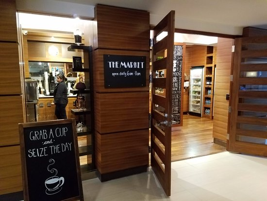 Hyatt Regency Monterey Hotel and Spa on Del Monte Golf Course: The Gift Shop