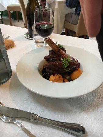 Limeray, France: Braised lamb shank