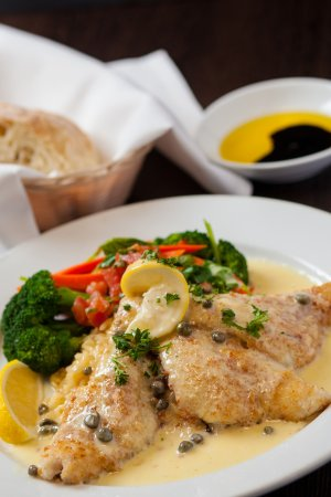 Marina, Kalifornia: Sand Dabs with Lemon Caper Sauce