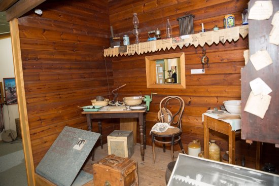 Deniliquin, ออสเตรเลีย: Marvel at memorabilia from days gone by