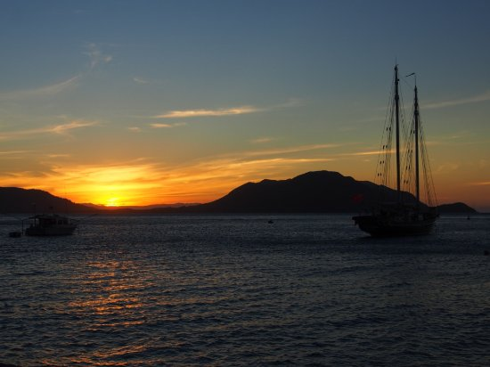 Fitzroy Island Resort: Another beautiful sunset