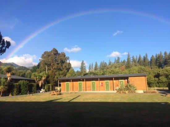 Hanmer Springs, Nowa Zelandia: Ensor Lodge Courtyard