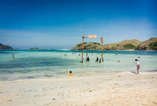 Image result for Pantai Tanjung Aan