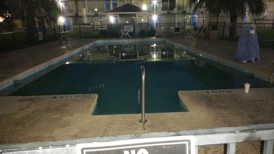 Travelodge by Wyndham Florence: Pool