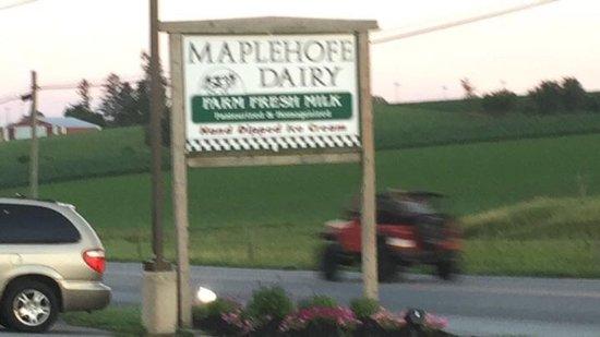 Quarryville, PA: Maplehofe Dairy