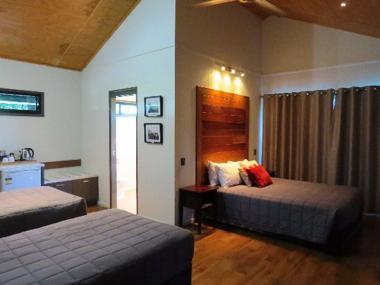 ร็อกแทมป์ตัน, ออสเตรเลีย: Lodge Room