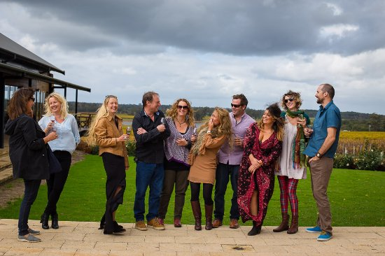 Río Margaret, Australia: What a great way to spend your big day out in Margaret River with friends