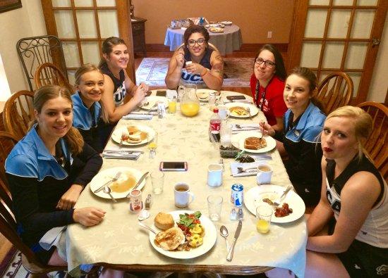 Platte, Dakota del Sur: UCA Cheer Staff @ Molly's Manor! THANK YOU, Donna!