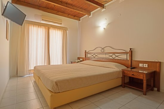 Petousis Apartments Image