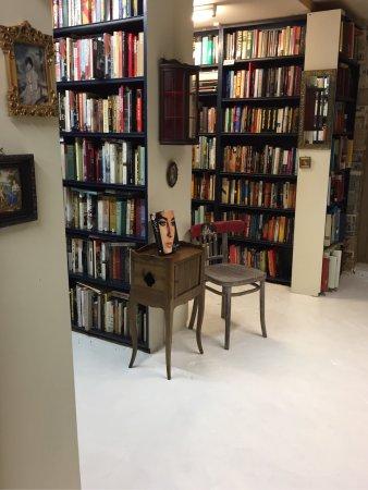 Whitstable, UK: Oxford Street Books
