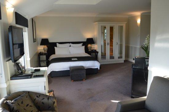 Echoes Boutique Hotel & Restaurant: Wentworth room