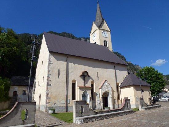 Chiesa della Visitazione e Sant'Antonio: Santa Maria Visitazione, Malborghetto
