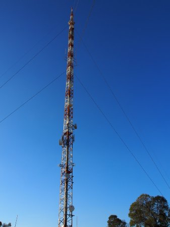 Cocoparra National Park: Aust Broadcast Towers on Mt Bingar