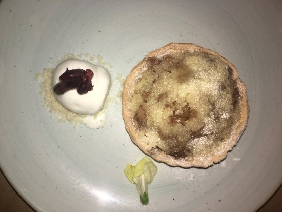Temptation : Desserts at Out of the Blue !