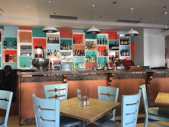Rivonia, Republika Południowej Afryki: Bugatti Cafe: The Spectrum