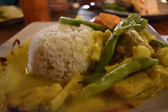 Warung Bule : Seafood Curry