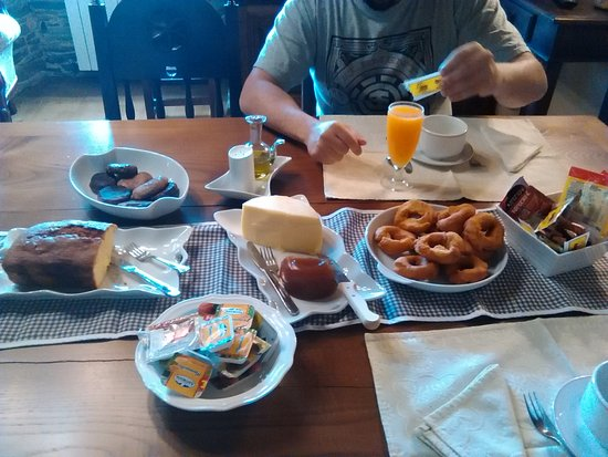 Santa Eulalia de Oscos, España: Increíbles vistas y desayuno