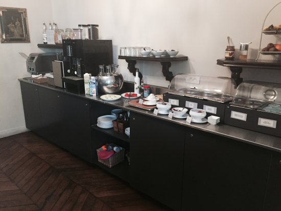 Hotel de la Porte Doree : Our Organic/ Fairtrade breakfast buffet