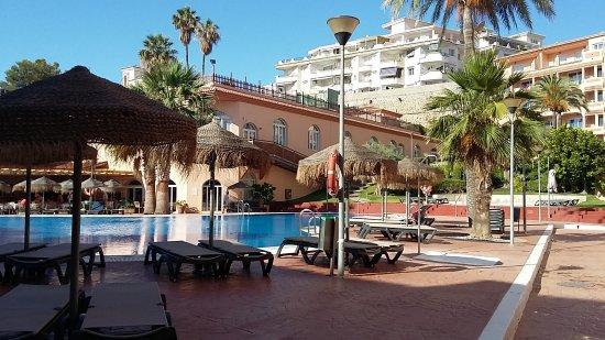 HOTEL BAHIA TROPICAL: Pool area