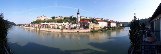 Ach, Austria: Burgpanorama