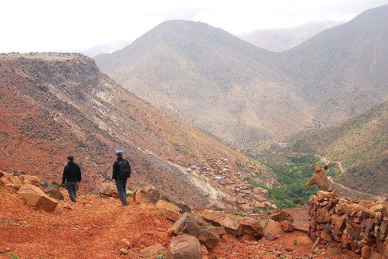 Ouirgane, Marruecos: Trekking to the Azzaden Trekking Lodge