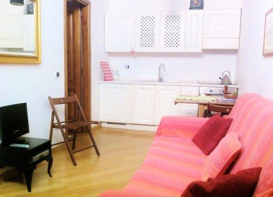 Rome Quiet Home: Living room / Soggiorno